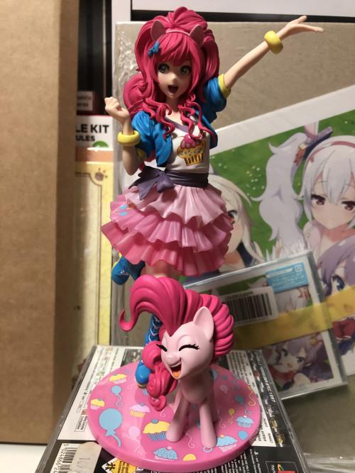 Figuren47-my_little_pony-pinkie_pie.jpg